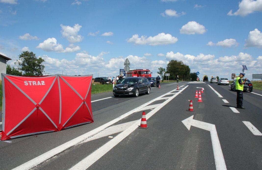 Wypadek drogowy, Potrąciła latkę - zdjęcie, fotografia