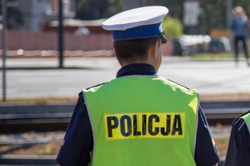 Piraci drogowi, Mieszkaniec powiatu chełmińskiego pobity okradziony Świeciu Policja szuka jednego sprawców - zdjęcie, fotografia