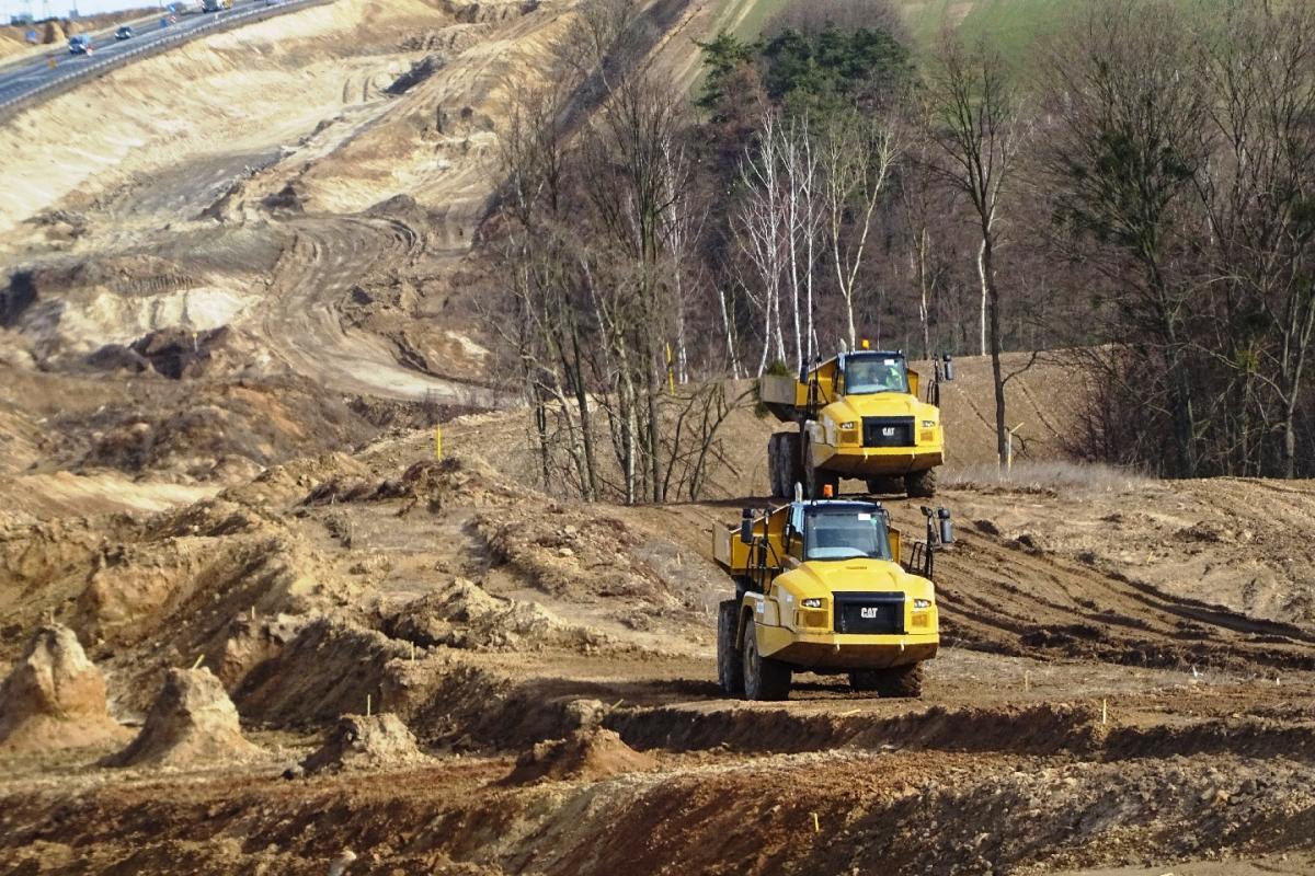 Inwestycje, zimowej przerwie robotnicy wrócili świeckie odcinki piątki droga powstanie - zdjęcie, fotografia