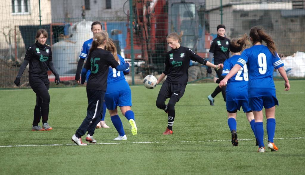 Piłka nożna, Piłkarki Przechowa Pruszcza zagrały sparing remis [ZDJĘCIA] - zdjęcie, fotografia