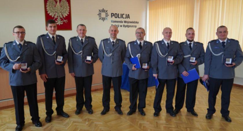 Uroczystości, święta i obchody, Policjanci Świecia nagrodzeni! dostał nagrody - zdjęcie, fotografia