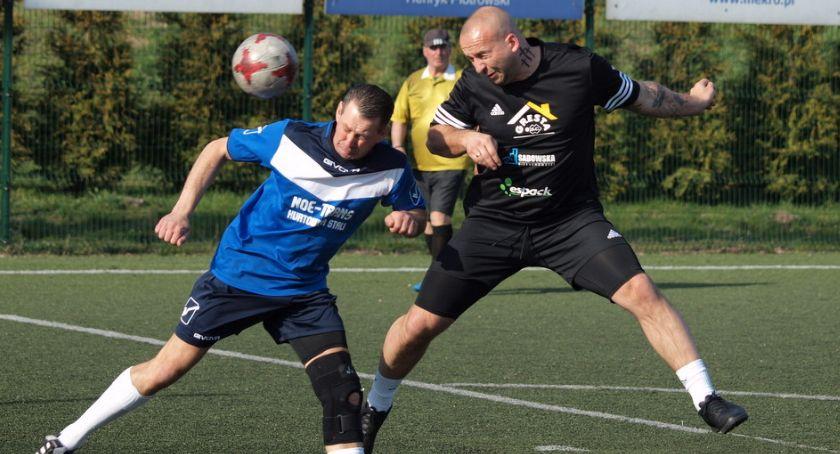 Piłka nożna, Świeciu zadebiutowała Extraliga Zobacz wyniki zdjęcia inauguracyjnej kolejki - zdjęcie, fotografia