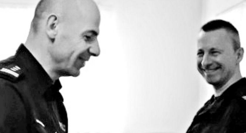 Pożegnania, Łobocki policjant który zginął wypadku Funkcjonariusze pięknych słowach żegnają przyjaciela - zdjęcie, fotografia