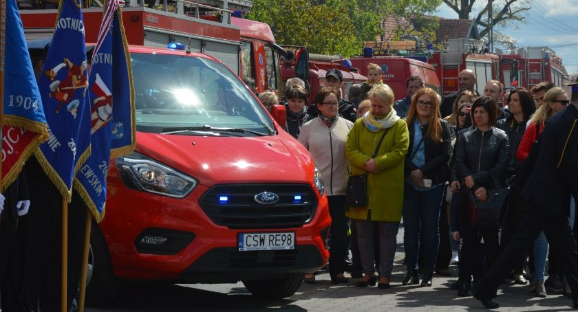 Uroczystości, święta i obchody, Dzień Strażaka Łowinku podczas obchodów zyskali strażacy [ZDJĘCIA] - zdjęcie, fotografia