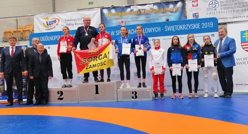Zapasy, Zapaśniczki Wisły Świecie olimpiady wróciły medalu - zdjęcie, fotografia