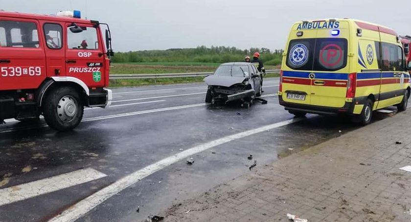 Wypadek drogowy, Wypadek Zbrachlinie wydarzyło krajowej piątce [ZDJĘCIA] - zdjęcie, fotografia