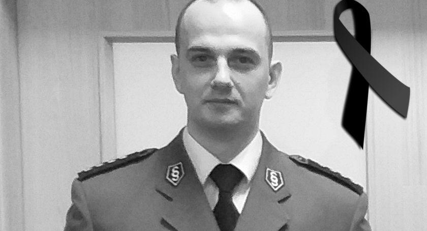 Pożegnania, Krzysztof Duliński żyje Odszedł pochodzący Świecia młody policjant - zdjęcie, fotografia