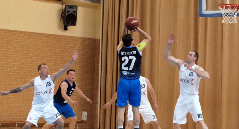 Koszykówka, Corleone pierwszą porażką sezonie Corex Inter dogonił tabeli [ZDJĘCIA] - zdjęcie, fotografia