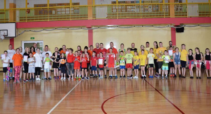 Edukacja, Sportowe Potyczki Rodzinne Świeciu odbyły poraz16 zdjęcia - zdjęcie, fotografia