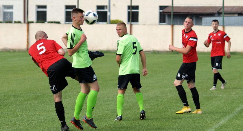 Piłka nożna, klasa Strażak Przechowo podzielił punktami Czarnymi Lniano [ZDJĘCIA] - zdjęcie, fotografia