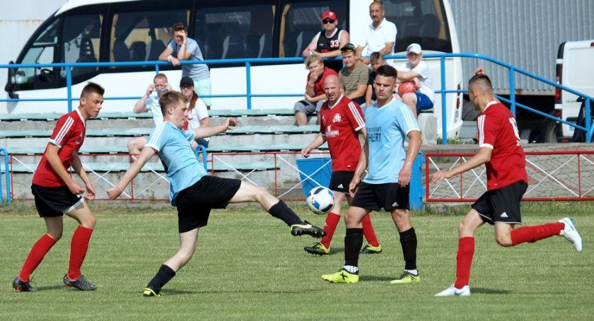 Piłka nożna, klasa Strażak Przechowo przegrał wysoko Victorią Śliwice [ZDJĘCIA] - zdjęcie, fotografia