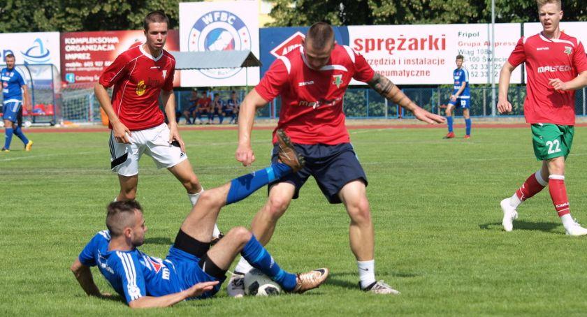 Piłka nożna, Sparing Świecie Legią Chełmża zakończył minutach [ZDJĘCIA] - zdjęcie, fotografia
