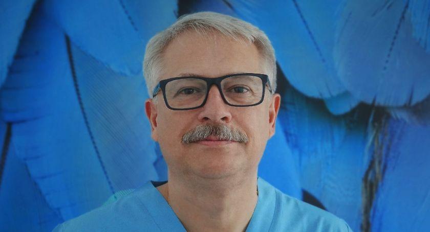 Z klasą, Rafał Mikołajczyk kontakt pacjentem Swoje pacjentki zawsze uśmiechem twarzy - zdjęcie, fotografia