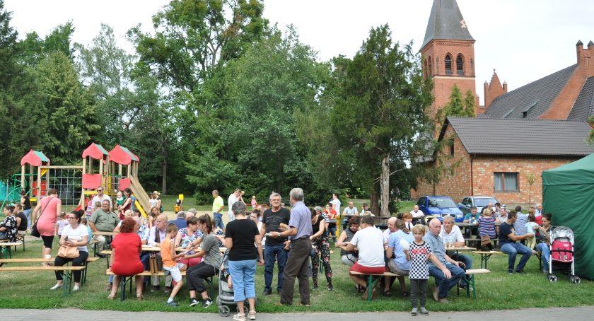 Dożynki, festyny i pikniki, Piknik rodzinny Bukowcu Wiele atrakcji każdego [ZDJĘCIA] - zdjęcie, fotografia