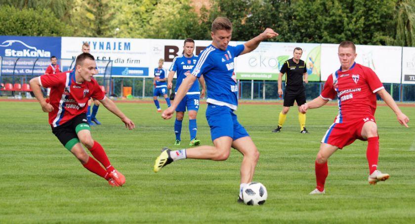 Piłka nożna, Piłkarze zaczęli punkty Sprawdź wyniki klasy okręgowej - zdjęcie, fotografia