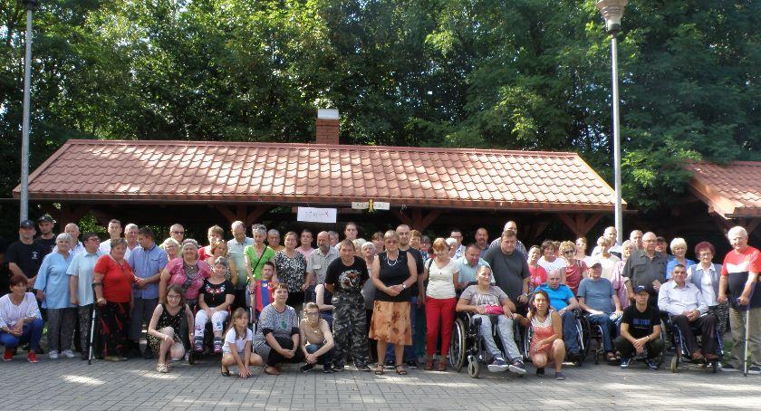 Imprezy, Niepełnosprawni opiekunowie wypoczywali Żurze - zdjęcie, fotografia