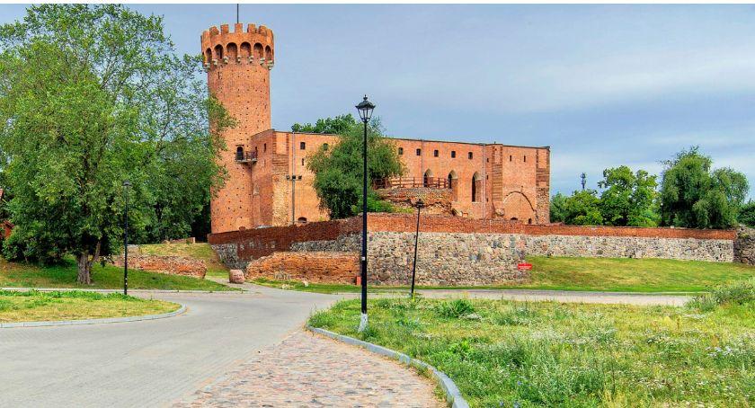 Newsy, Ukradli cegły zamku Gmina wyznaczyła nagrodę informację sprawcach - zdjęcie, fotografia