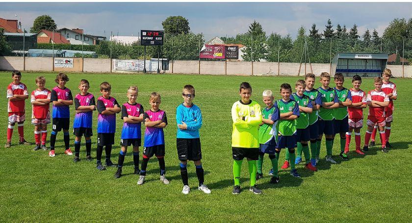 Piłka nożna, Młodzież zaczyna sezon sprawdź jakich ligach zagrają drużyny powiatu - zdjęcie, fotografia