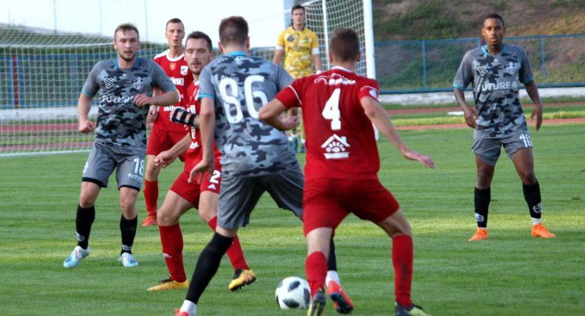Piłka nożna, Świecie dalej Pucharze Polski Sportis Łochowo ukarany walkowerem - zdjęcie, fotografia