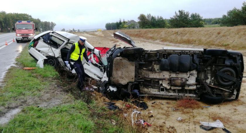 Wypadek drogowy, Tragiczny wypadek Jedna osoba żyje trafiły szpitala - zdjęcie, fotografia
