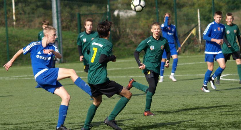 Piłka nożna, Wysoka wygrana juniorów Świecie Włókniarzem Toruń [ZDJĘCIA] - zdjęcie, fotografia