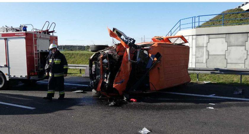 Wypadek drogowy, Wypadek autostradzie okolicach Warlubia utrudnienia ruchu pasie kierunku Łodzi - zdjęcie, fotografia