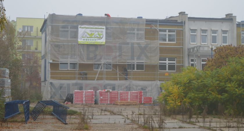 Inwestycje, Siedziba zmieni Sprawdzamy powstanie nowych mieszkań miejsc parkingowych - zdjęcie, fotografia