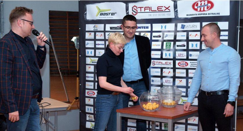 Piłka nożna, Stalex losowaniu rundy Pucharu [ZDJĘCIA] - zdjęcie, fotografia