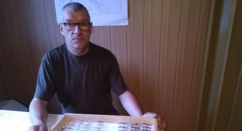Sylwetka, Jacek Warczak kolekcjonuje motyle Zobacz zbiory [ZDJĘCIA] - zdjęcie, fotografia