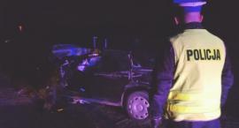 Mężczyzna podejrzany o spowodowanie śmiertelnego wypadku uciekł z miejsca zostawiając pasażerów
