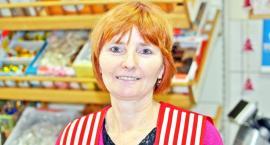 Katarzyna Frąckowska w sklepach Społem pracuje od ponad 30 lat. Każdą wolną chwilę chciałaby spędzić z wnukami
