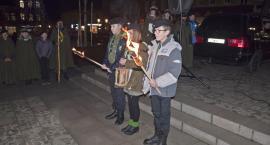 Światłem z Betlejem dzielili się w Świeciu harcerze ZHP z mieszkańcami [ZDJĘCIA]