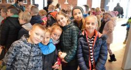 Tłumy na otwarciu KFC w Morsku. Dla gości były niespodzianki i tort [ZDJĘCIA]