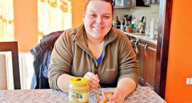 Produkuje rocznie 400 kilogramów miodu. Małgorzata Siczek-Cichocka zdradza jaki miód jest najlepszy i jak dbać o pszczoły