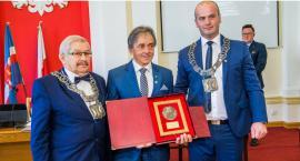 Ta sesja była wyjątkowa. Medal dla Tadeusza Pogody i podziękowania za uratowanie ludzkiego życia [zdjęcia]