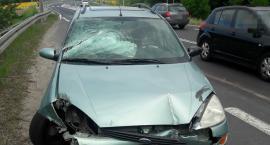 Ktoś porzucił rozbitego forda przy ul. Tucholskiej w Świeciu?