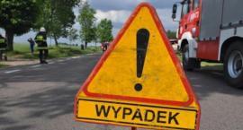 W Nowych Marzach zderzyły się 4 auta w tym ciężarówka. Dwie osoby w szpitalu