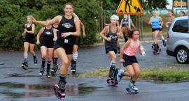 Deszcz nic nie wskórał, kolejny maraton kangoo jumps za nami [DUŻO ZDJĘĆ, WIDEO]