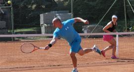 Tenisiści ziemni po raz piętnasty zagrali z Lumifilem [ZDJĘCIA]