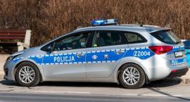Młody kierowca bmw wypadł z drogi