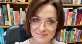 Izabela Grzegorz, Dyrektor Biblioteki w Drzycimiu, uwielbia swoją pracę. Jakie ma marzenie?