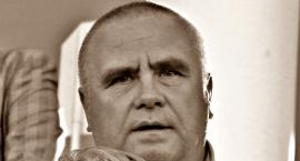 Janusz Dzięcioł zginął w wypadku. Jego samochód zderzył się z pociągiem