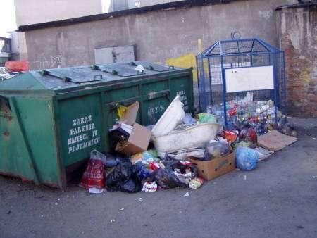 Sprawy społeczne, Śmieci droższe! - zdjęcie, fotografia