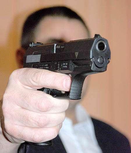 Interwencje, Nyski przedsiębiorca groził żonie bronią! - zdjęcie, fotografia
