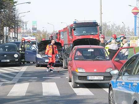 Wypadki, Karambol Nysie - zdjęcie, fotografia