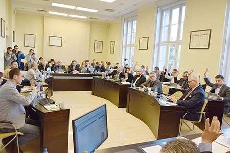 Rada Miasta, Praca zięcia radnego - zdjęcie, fotografia