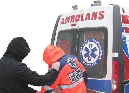 Interwencje, Pobili ratowników medycznych - zdjęcie, fotografia