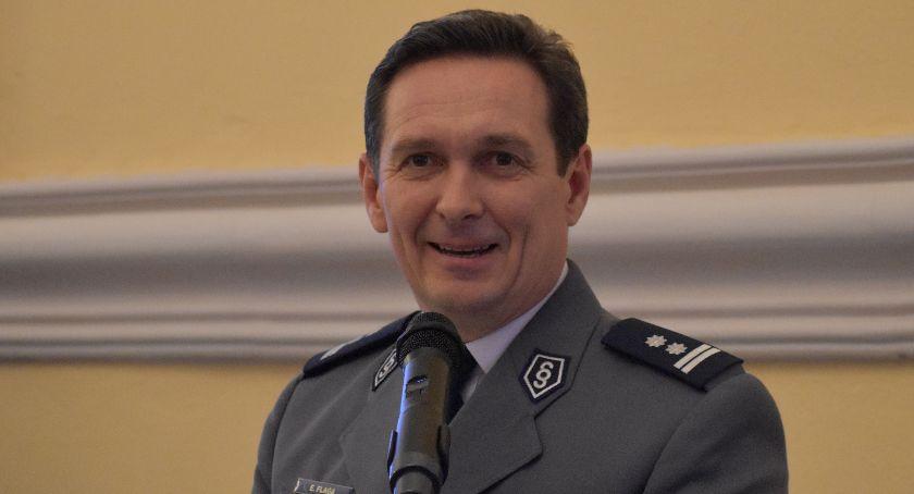 Policja , Policja nowego komendanta Oficjalnie - zdjęcie, fotografia