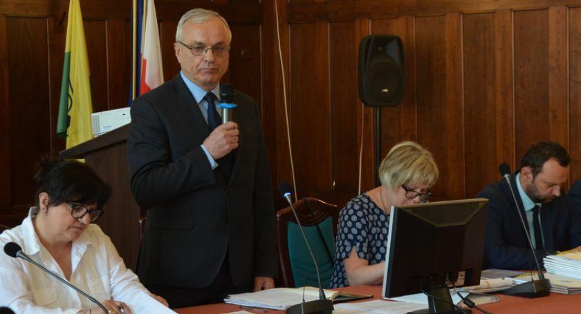 Rada Miasta, Podrożeją opłaty śmieci - zdjęcie, fotografia