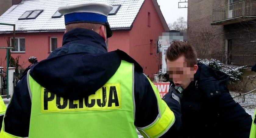 Policja , Wypadki przemoc nietrzeźwi kierowcy - zdjęcie, fotografia